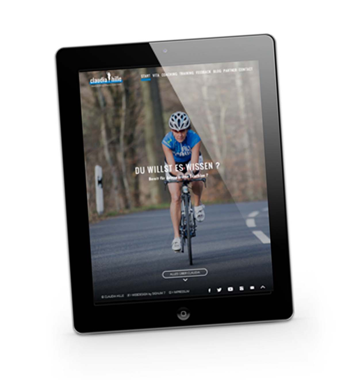 wd_claudia_iPad_bike